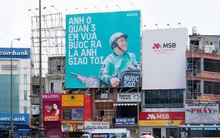 """Tặng mỗi quận một câu """"thơ"""", quảng cáo ngoài trời của Baemin khiến dân mạng cảm thán: Chơi vậy sao Grab, Gojek chơi lại!"""