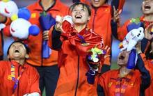 Tuyển nữ Việt Nam được thưởng hơn 10 tỷ đồng cùng nhiều hiện vật sau khi giành huy chương vàng SEA Games 30
