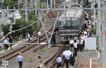 """Văn hóa làm việc """"chết bỏ"""" lạ thường ở xứ hoa anh đào: Động đất sập nhà hay bom hạt nhân hủy diệt, người Nhật vẫn cứ… đi làm"""