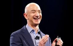 Tài sản của Jeff Bezos vừa vượt mốc 100 tỷ USD, thế giới có thêm 'người đàn ông trăm tỷ đô' mới