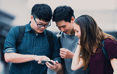 Khảo sát: Người dân các nước giàu ít sử dụng mạng xã hội