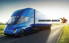 Công ty này vừa đặt mua 40 chiếc xe tải điện của Tesla về để chở bia