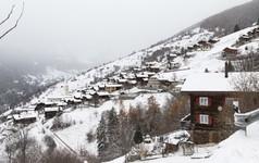 Ngôi làng Thụy Sĩ này sẽ trả cho bạn 60.000 Euro để sống ở đó