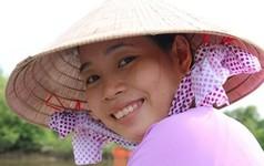 """Hướng khởi nghiệp """"lạ"""" của cô gái xứ Dừa"""
