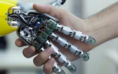 Cứ trách AI cướp hết việc của con người, thực tế những công việc hời này nhờ có AI mới được sinh ra