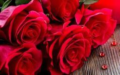 Không chỉ hoa tươi, bán những mặt hàng này cũng kiếm được bạc triệu ngày 20/10