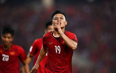 Fox Sports: Park Hang Seo nên dừng thử nghiệm Quang Hải