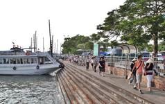 'Đặc sản sứa nilon' Hạ Long trên Trip Advisor và chuyện Quảng Ninh vay vốn ODA 125 triệu USD chỉ để xử lý nước thải