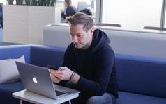 Không gian làm việc của CEO các công ty lớn: Từ đơn giản bất ngờ đến tiện nghi sang chảnh