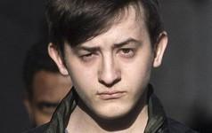 Tấn công cựu giám đốc CIA và các quan chức khác, hacker tuổi teen bị kết án 2 năm tù