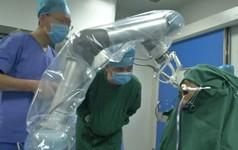 Thời đi nha khoa không cần nha sỹ ở Trung Quốc: Răng được in 3D, robot cấy ghép với sai số cực nhỏ so với người thật