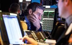 Hôm qua, cổ phiếu Alphabet và Amazon bất ngờ bị ngừng giao dịch trên sàn New York