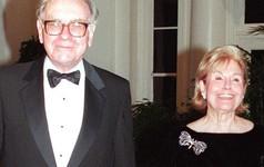 Warren Buffett: Quyết định quan trọng nhất cuộc đời tôi chính là lựa chọn đúng người để kết hôn