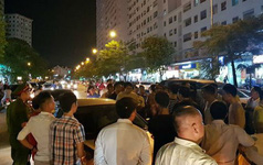 """Náo loạn vì bãi đỗ xe """"lậu"""" lớn nhất Linh Đàm bị đóng cửa"""