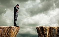 """Phát ngôn """"công ty này cái gì cũng phụ thuộc vào tôi"""" và cái kết đuổi việc: Làm nhân viên, đừng tưởng sếp """"không có bạn là không thể được"""""""