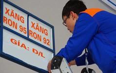 Giá xăng RON 95 tiếp tục tăng 600 đồng/lít