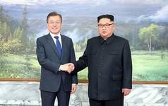 Ông Kim Jong Un lại vừa gặp Tổng thống Hàn Quốc Moon Jae In ở Bàn Môn Điếm