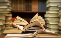 Bận rộn nhưng bạn vẫn có thể đọc 120 cuốn sách mỗi năm với phương pháp ai ai cũng có thể áp dụng