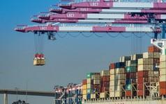"""Trung Quốc, Mỹ bắt đầu """"thấm đòn"""" chiến tranh thương mại"""
