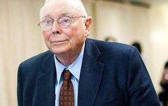 """""""Cánh tay phải"""" của Warren Buffett đã trở thành tỷ phú nhờ cách suy nghĩ độc đáo ít ai làm: Lật ngược vấn đề, xem xét chuyện thất bại!"""