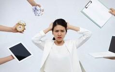 """Căng thẳng, áp lực thực sự có thể """"ăn mòn"""" bạn: Nếu không thể nghỉ việc, đây là lời khuyên chuyên gia dành cho bạn!"""