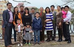 Họp gia đình thời 4.0: Cả nhà cùng họp qua… Internet di động