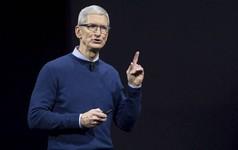 CEO Tim Cook 2 lần biện hộ cho giá bán đắt đỏ của iPhone X và iPhone Xs, khiến fan Apple lắc đầu