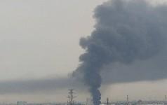 Cháy lớn ở quận 12, cột khói đen kịt bốc cao suốt một giờ đồng hồ khiến người dân hoảng hốt