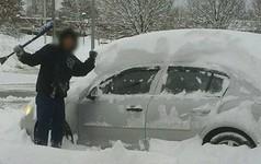 Hàng nghìn người dân Mỹ bị cắt điện do bão tuyết