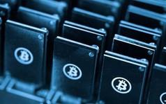 """""""Thợ mỏ"""" đổ xô đi đào Bitcoin, các nhà sản xuất chip lớn trên thế giới """"rung đùi hưởng lợi"""""""