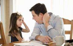 Đừng vội trách con cái hư, hãy trách bố mẹ chưa biết dạy con cách cư xử!