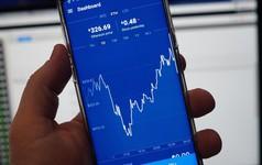 Sàn giao dịch tiền ảo Coinbase kiếm được 1 tỷ USD vào năm ngoái
