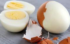 Ăn trứng luộc bổ hay không bổ? Hãy xem ngay câu trả lời