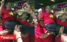 Nghẹn ngào xem clip bầu Thắng công kênh bầu Đức hô vang Việt Nam vô địch