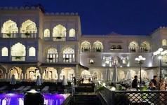"""""""Lâu đài"""" TajmaSago, nhà hàng Cham Charm của Khai Silk bất ngờ được ông chủ mới tiếp quản"""