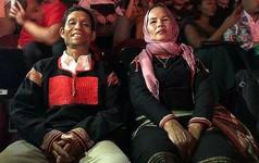 H'Hen Niê: Ba mẹ sang Thái, không biết tôi làm gì-vì sao khán giả khóc