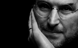 Từ năm 12 tuổi, Steve Jobs đã tự mình xin việc ở HP và cũng từ đó, ông biết làm thế nào để luôn có thứ mình muốn