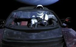 """Hành trình của """"Starman"""" - kẻ du hành đơn độc giữa vũ trụ, đem theo giấc mơ điên rồ của Elon Musk"""