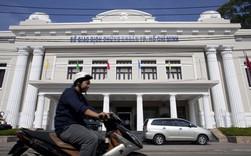 Bloomberg: Từ ngôi sao châu Á, chứng khoán Việt Nam có một tháng 4 tệ nhất thế giới