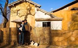 Ngôi nhà rộng 300m² đong đầy tình yêu của người chồng tự tay xây tặng vợ hơn mình 6 tuổi