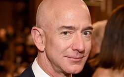 Như 'người yêu giàu có dứt áo ra đi', lãnh đạo New York viết thư gửi Jeff Bezos van nài Amazon ở lại