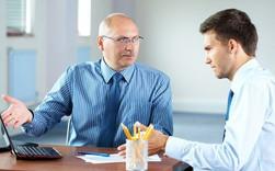 Làm gì để lấy lại thiện cảm khi sếp không ưa bạn?