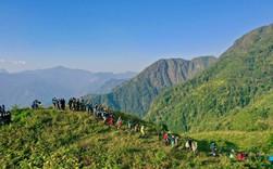 Bộ ảnh ghi trọn cảnh thần tiên đẹp đến nao lòng trên đỉnh Ky Quan San: Thu vào tầm mắt muôn trùng nước non chính là đây!