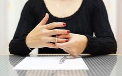Cha mẹ ly hôn và sự tổn thương của những đứa trẻ