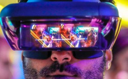 Microsoft, Snap, Facebook, Google, Apple, Amazon và cuộc đua tới thứ có thể thay thế smartphone: Chiếc kính