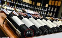 Nếu uống vang mừng năm mới, bạn có từng thắc mắc tại sao chai rượu vang có đáy lõm vào trong?