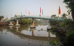 Dự án Xây cầu đến lớp khánh thành cây cầu đầu tiên