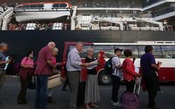 Tất cả hành khách còn lại của du thuyền cập cảng Campuchia chưa có biểu hiện nhiễm bệnh