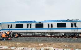 Ảnh: Cận cảnh lắp ráp tàu Metro số 1 vào đường ray tạm ở Sài Gòn