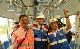 Hồi hộp trải nghiệm metro ở TPHCM